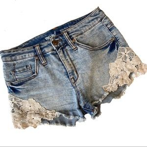 Mossimo Cut Off High Rise Lace Jean Shorts 4